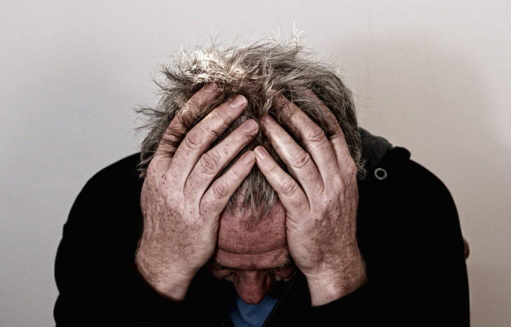 depresija simptomi in vzroki