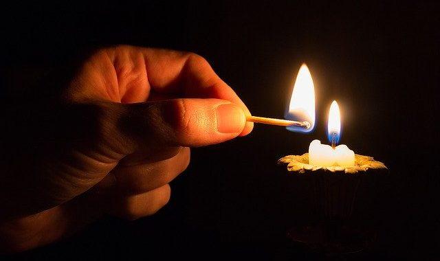 sveča svečka