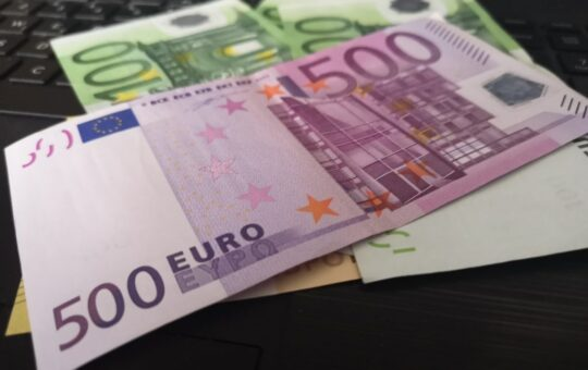 500 evrov denar