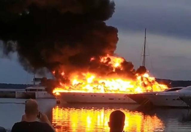 split požar Marina kaštela